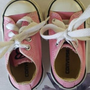Baby Converse shoes pink with laces
